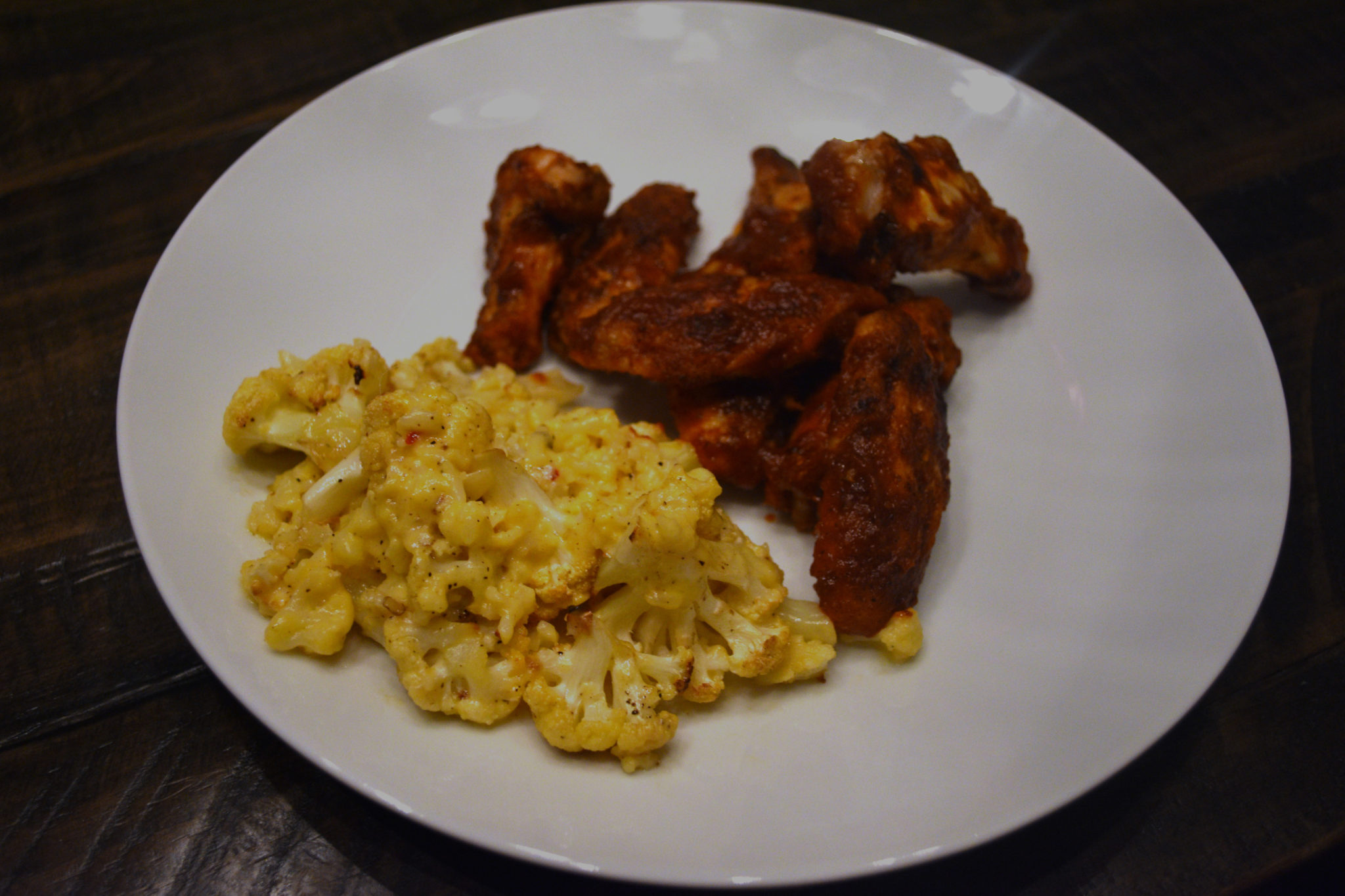Gluten-Free Spicy BBQ Wings and Cauliflower Mac (n Cheese)